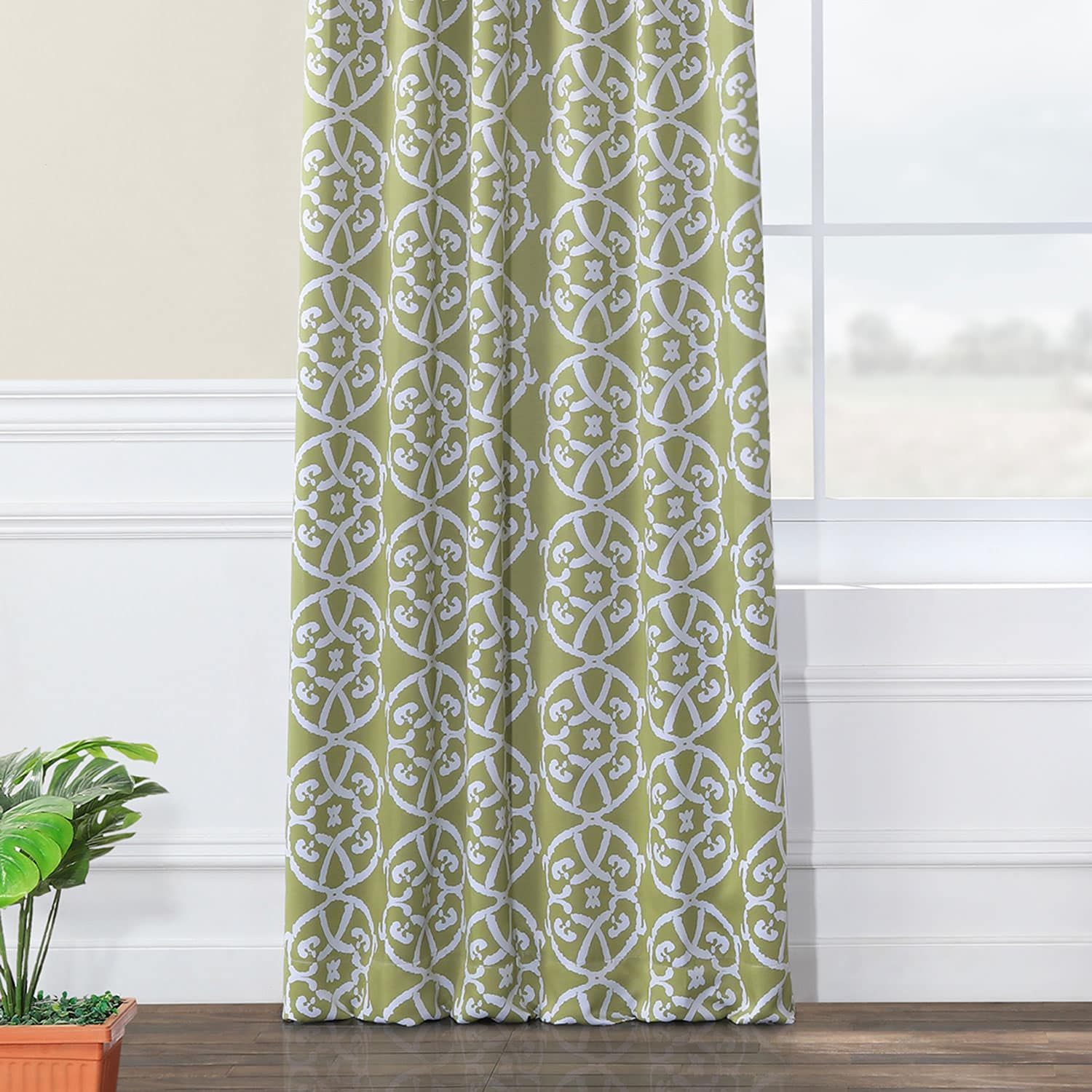 Secret Garden Leaf Green Blackout Room Darkening Curtain