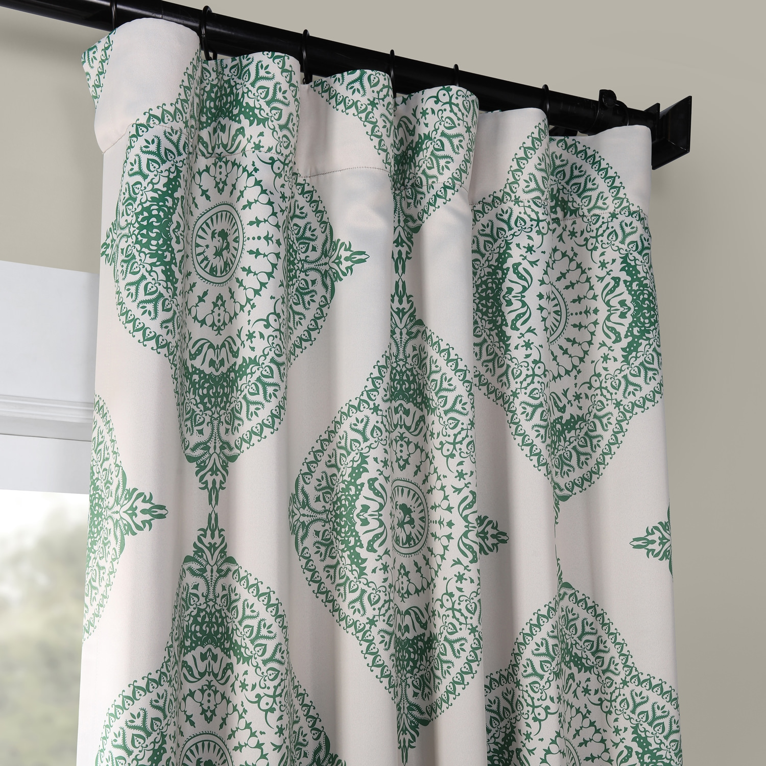 Henna Clover Room Darkening Curtain