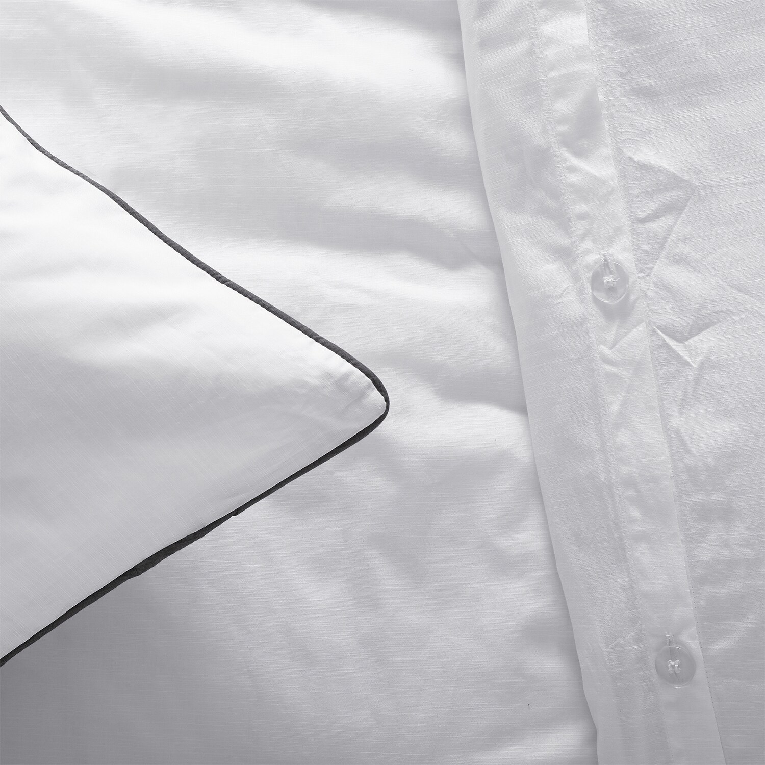 Comfort Hotel Collection Solid Euro Sham
