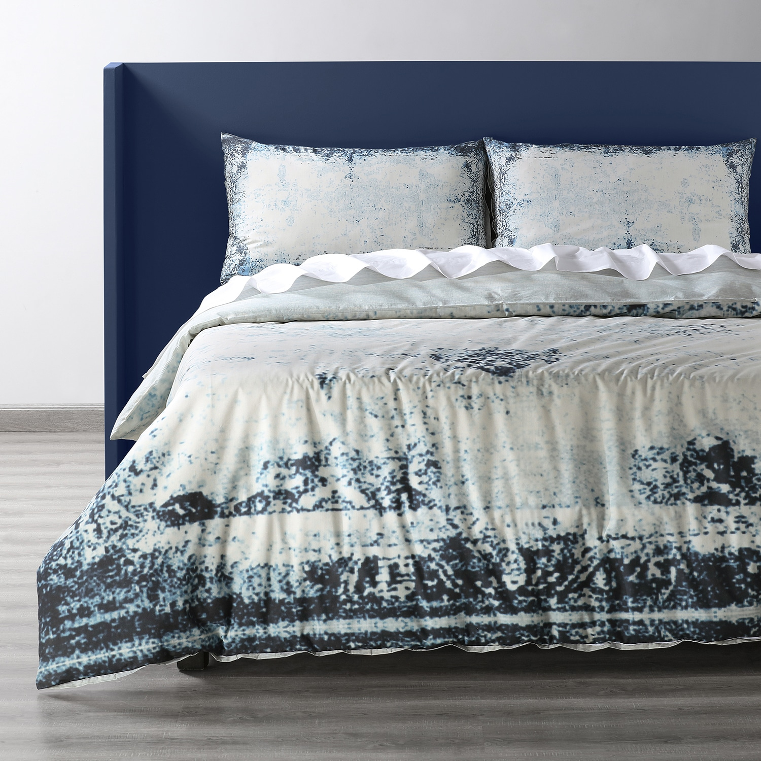 Bazaar Indigo Cotton Percale Printed Reversible Duvet Cover Set