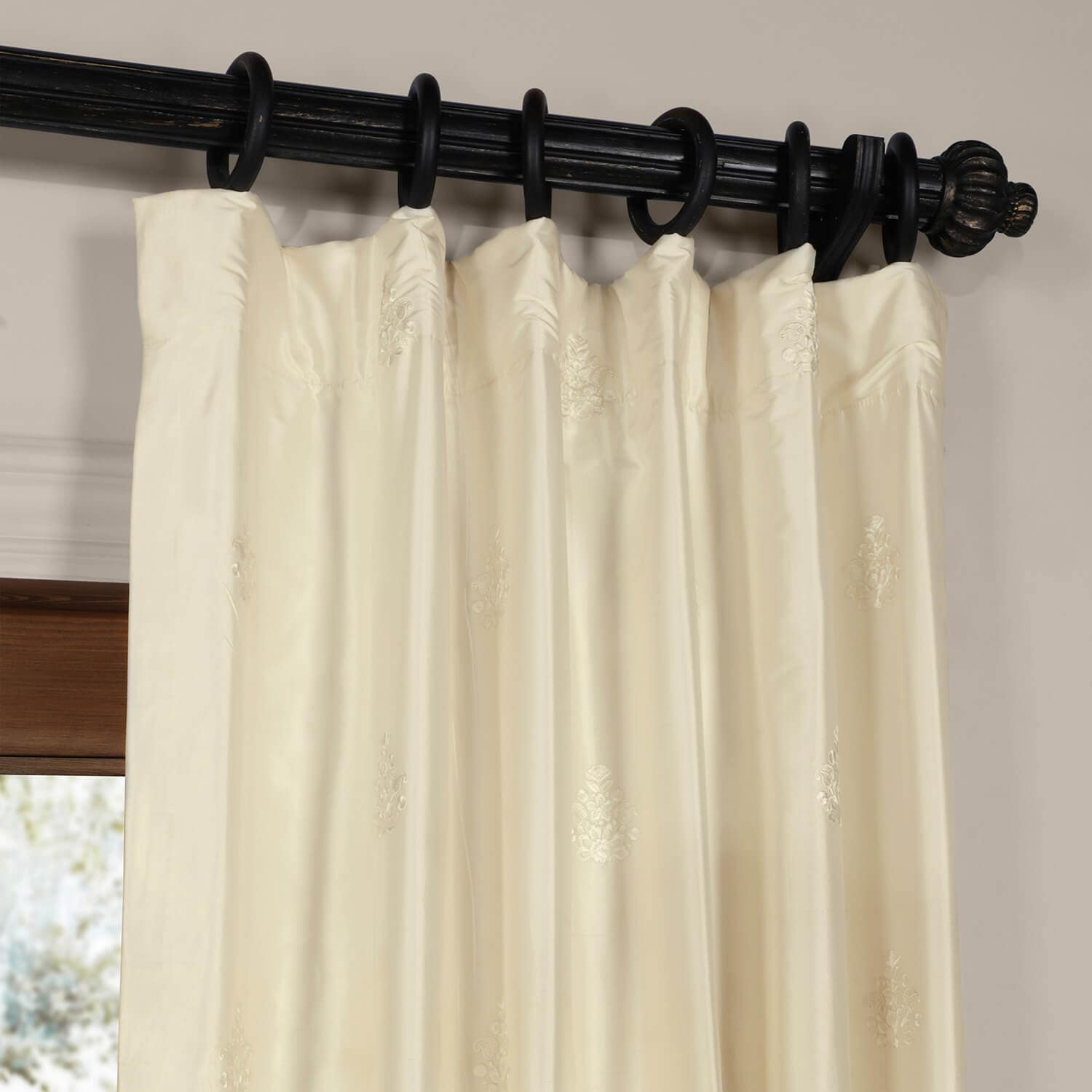 Alabaster Trophy Silk Curtain