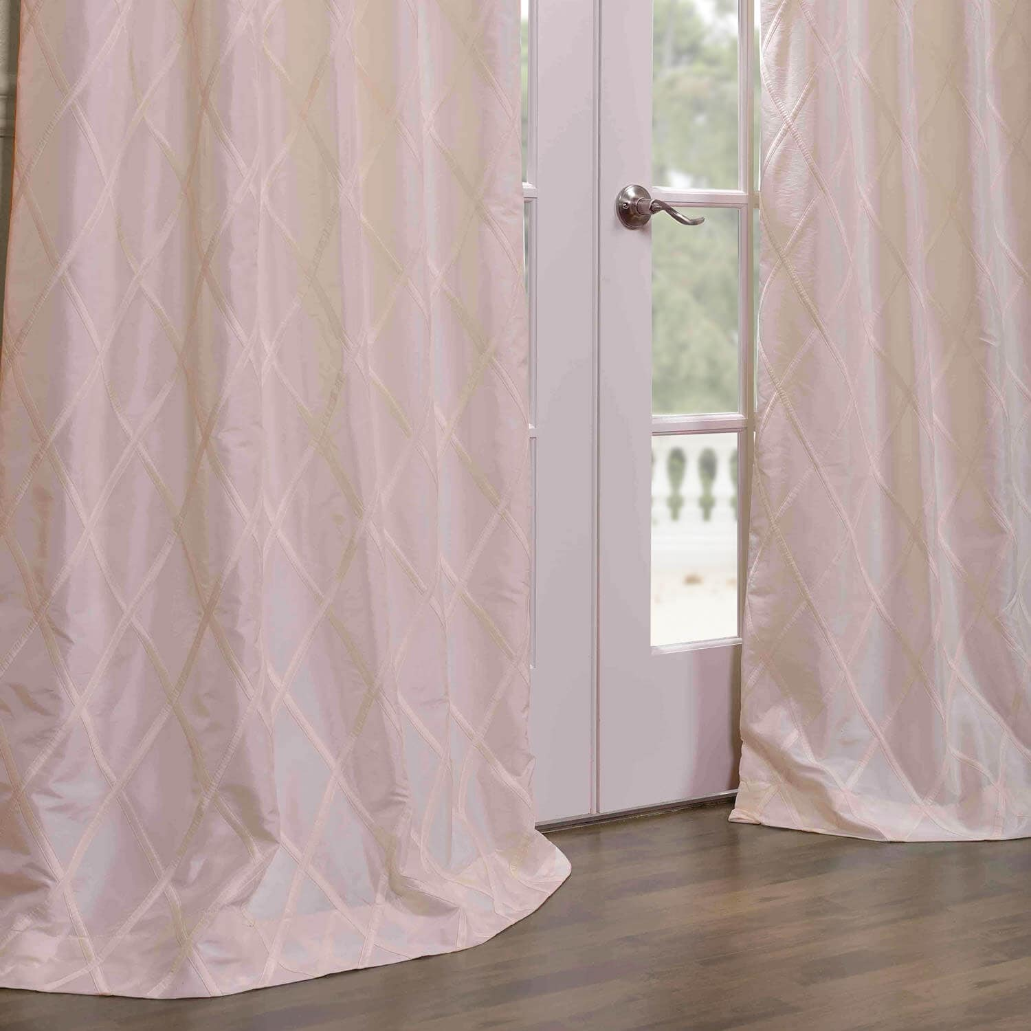 Get Alexandria f White Taffeta Faux Silk Curtains