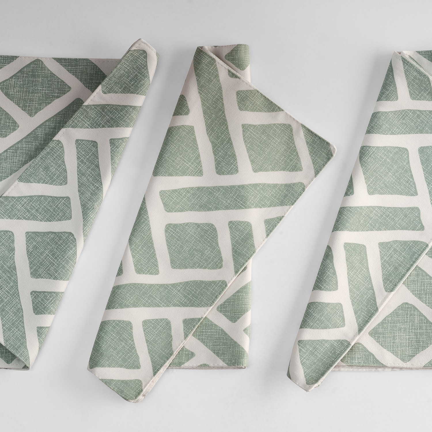 Martinique Aqua Printed Cotton Table Runner & Placemats