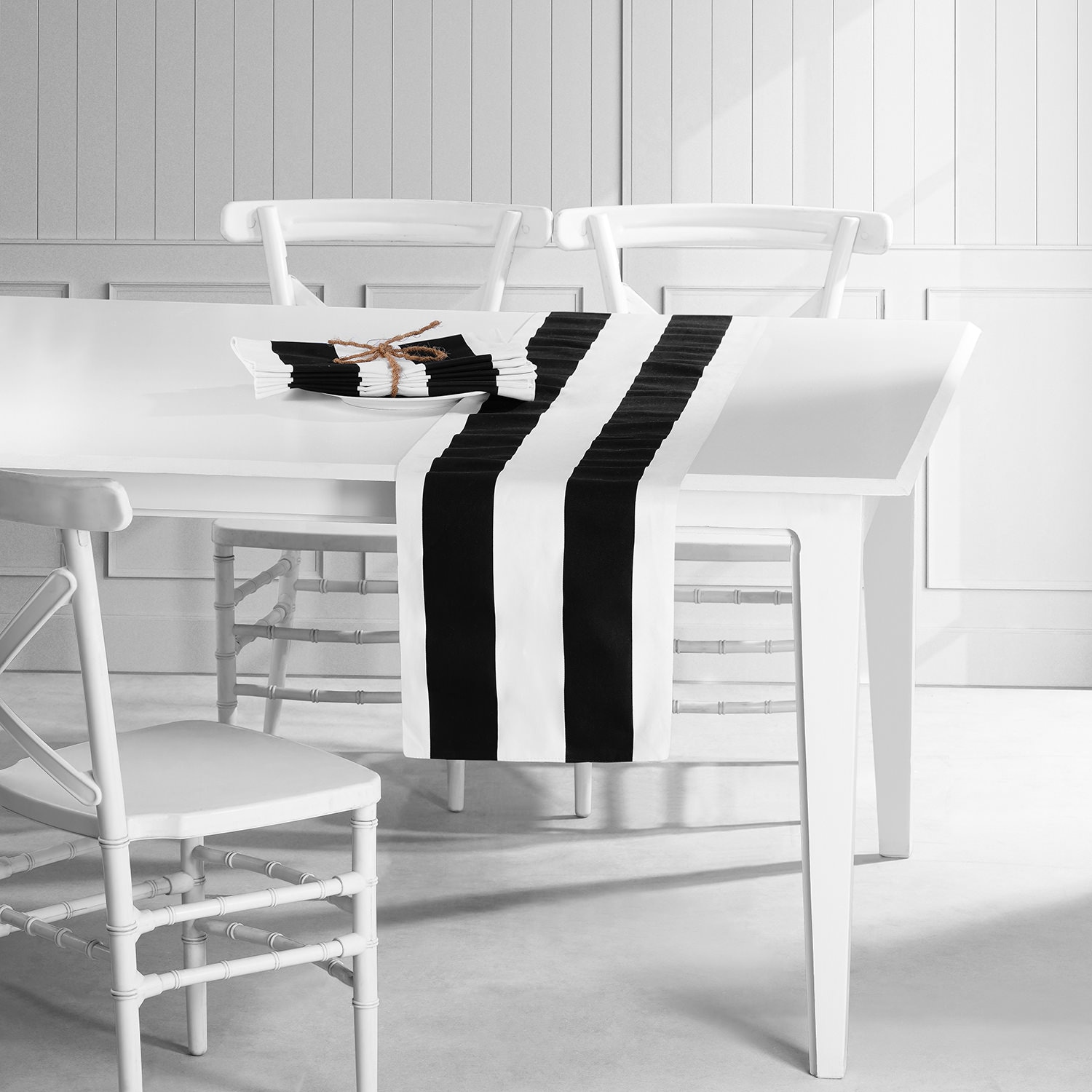 Cabana Black Printed Cotton Table Runner & Placemats