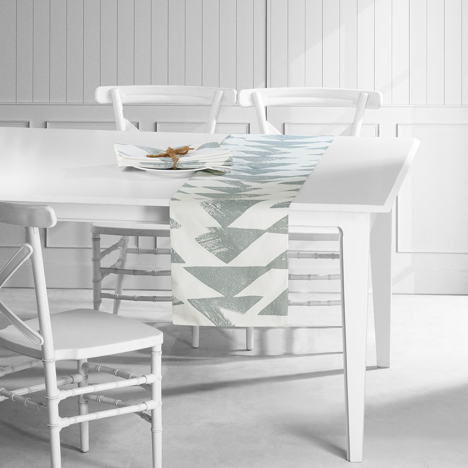 Triad Smoke Printed Cotton Table Runner & Placemats