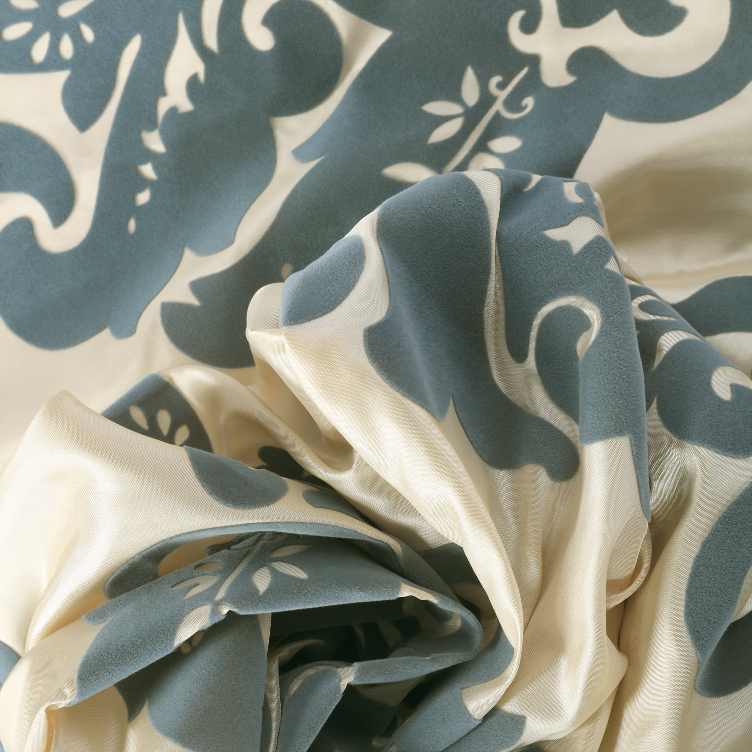 Francesca Silver & Blue Flocked Faux Silk Swatch