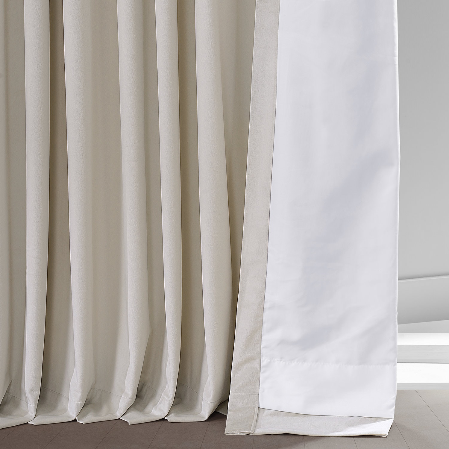 Light Beige Heritage Plush Velvet Extrawide Curtain
